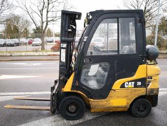 4-Rad Gabelstapler Caterpillar GP20CN - 2